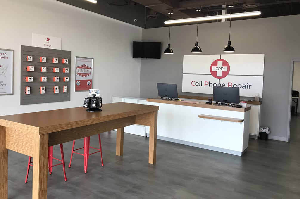 cpr cell phone repair Burnsville MN - store interior