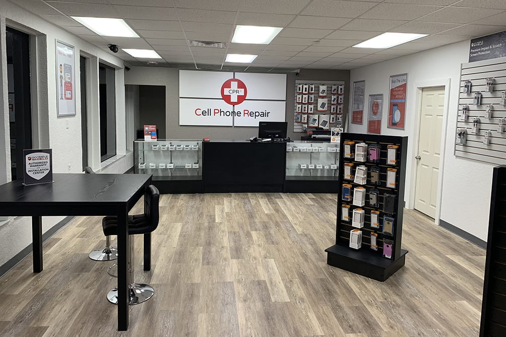 CPR Cell Phone Repair Clearwater FL - Store Interior