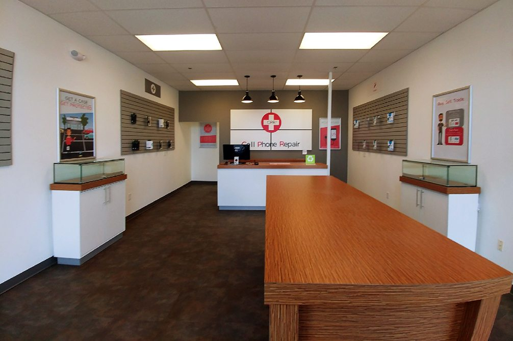 CPR Cell Phone Repair Columbus Polaris OH - Store Interior