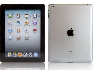 image of iPad 3 motherboard - cpr