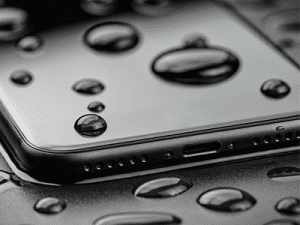 image of water damaged iphone XR