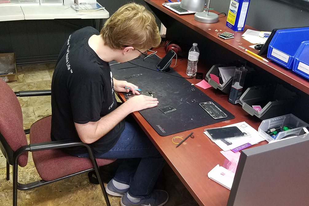 Image of iPhone Repair Natchez MS