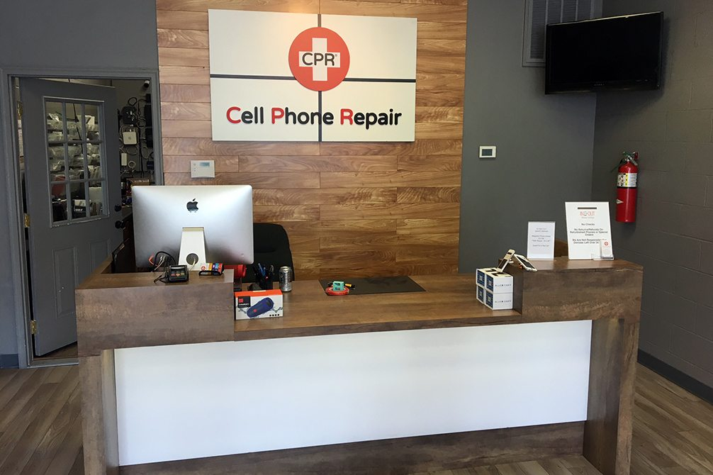 CPR Cell Phone Repair New Iberia LA - Store Interior