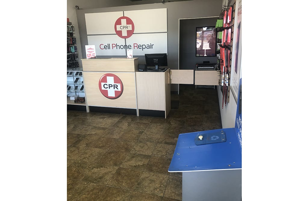 CPR Cell Phone Repair Norfolk VA - store interior