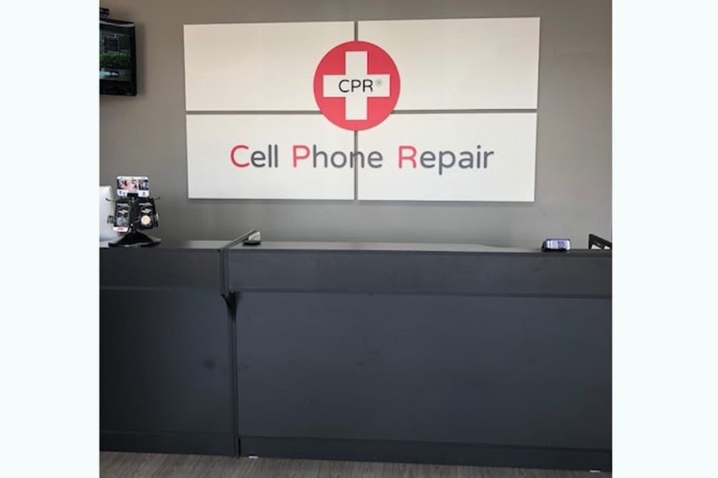 CPR Cell Phone Repair Pearland TX - store interior