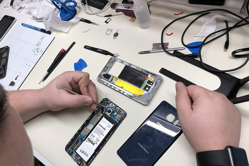 Image of Cell Phone Repair at CPR Woodland CA