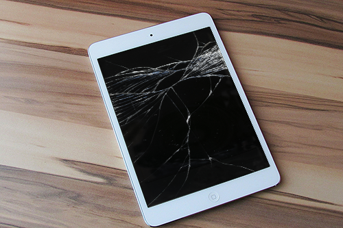 ipad air with shattered screen